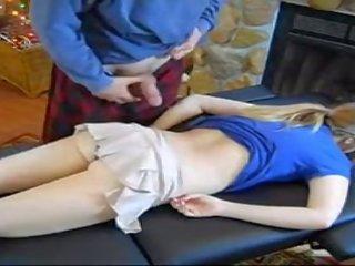 MILF tyttö porno putki