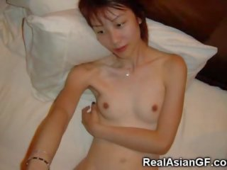 asiatische amateur frauen posiert nackt